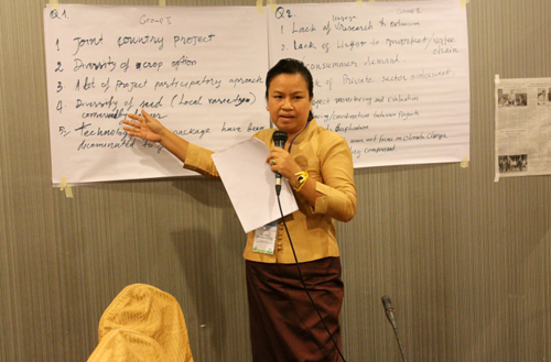 Presenting group work during workshop in Lao. Credit: Bioversity International/R.Vernooy