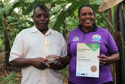 Joy and her husband Charles Mugisha. Credit: Bioversity International/J.Turyatemba
