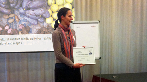 Gudrun Keding recieved poster award. Credit: Bioversity International