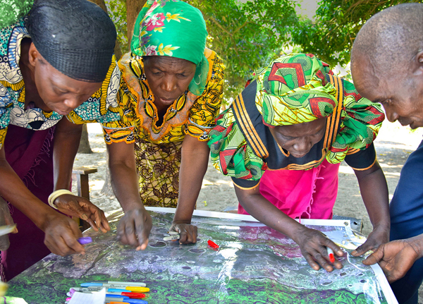 Participatory mapping with communities in Zambia. Credit: Wageningen University/T.del Rio