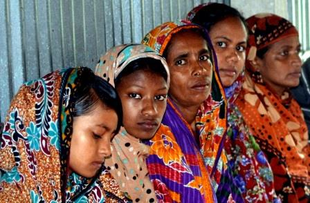 Women present at community session in Khekuani, Barguna. Credit: Dorothy Chandrabalan